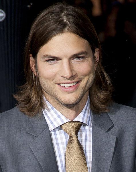 Ashton_Kutcher_2011